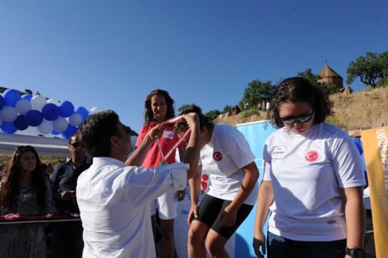 Ahtamara Aşkına Yüzme Yarışları