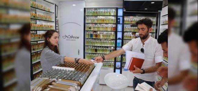 Babasının Evi Yanan Dağlıca Gazisi Kapı Kapı Gezerek Yardım İstiyor