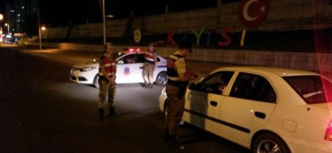 Malatya'da Tatil Dönüşü Yapan Vatandaşlara Trafik Uygulaması