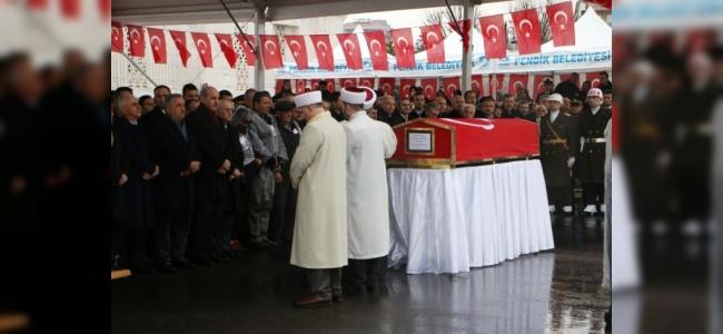 Afrin Şehidinin Cenazesine Yağmurun Altında Binlerce Kişi Geldi