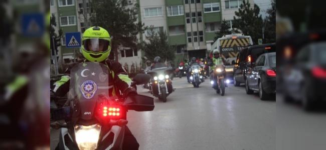 Motosiklet Tutkunlarından Afrin İçin Saygı Sürüşü