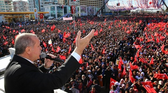 Erdoğan'dan Diyarbakır'da Açıklama: Kürt Olduğu İçin...