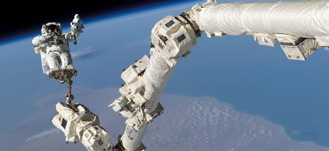 Bu suç uzayda işlendi: Astronot eşinin banka hesaplarına girdi