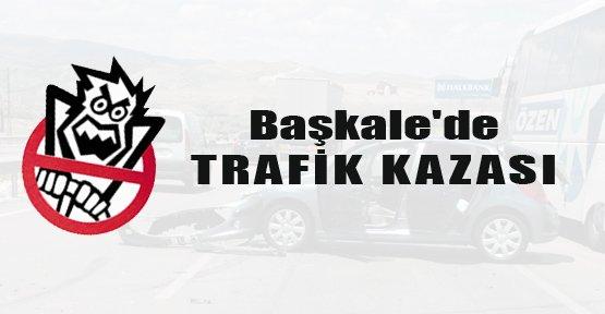 Başkale'de Trafik Kazası: 5 Yaralı