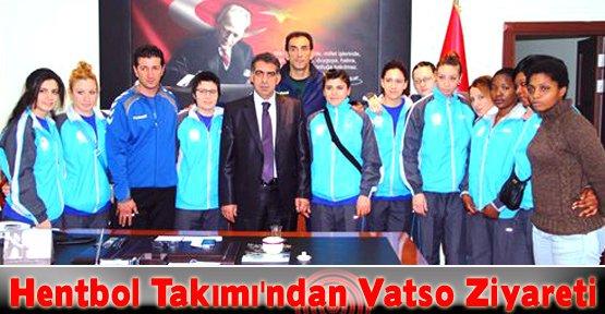 Bayan Hentbol Takımı'ndan Vatso Başkanı Nadiroğlu'na Ziyaret