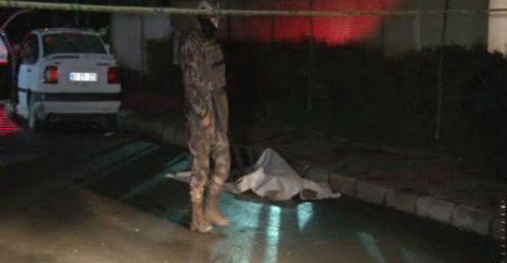 Gaziosmanpaşa'da Polise Ateş Açıldı: 1 ölü 1 yaralı