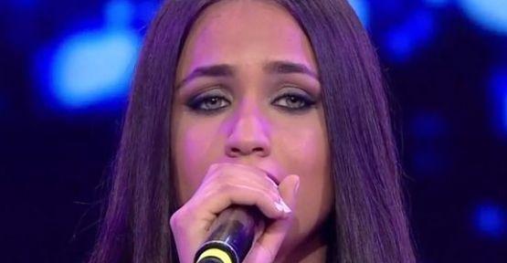 Sibel Can Sesi Çok Güzel Dedi Ve Diyarbakır'a Kadar Gitti