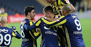 Fenerbahçe Evinde Galibiyet Özlemi Çekiyor