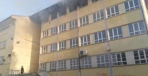 Nazilli'de Okulda Çıkan Yangın Korkuttu
