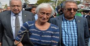 Olcay Baykal, Eşi Deniz Baykal Hakkında Açıklama Yaptı