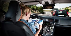 BlackBerry Sürücüsüz Otomobil İçin Kolları Sıvadı