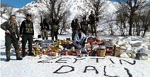 Mühimmat Deposunu Patlatan Askerlerden 'Zeytin Dalı' Mesajı
