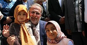 Osman Nuri Gülaçar, Van Halkıyla Bayramlaştı
