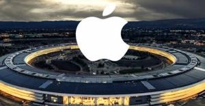 Apple İki Eski Çalışanını Casusluk...