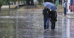 Meteoroloji'den Güneydoğu Anadolu Bölgesine Sağanak Yağış Uyarısı Geldi