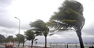 Akdeniz'de Fırtına Konusunda Vatandaşlara Uyarı
