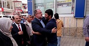 Başkale Halkından Osman Nuri Gülaçar'a Yoğun İlgi
