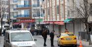 İstanbul'da Polis Aracına Saldırı !