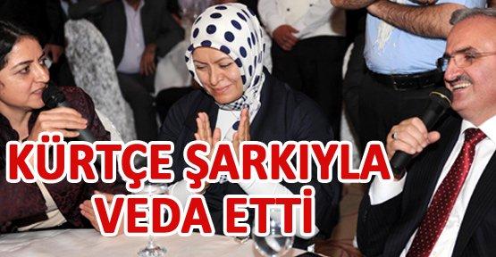 Validen Kürtçe şarkılı veda