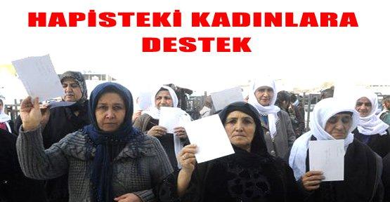 Yüksekova'da Tutuklu Kadınlara Kart