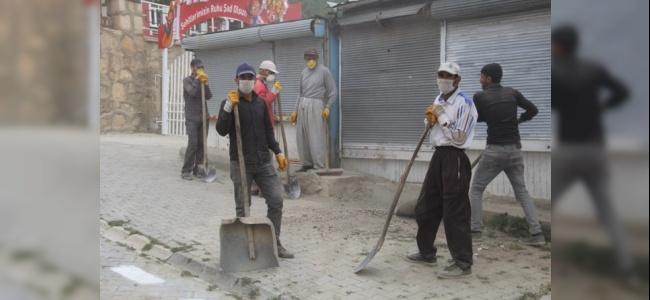 Başkale Halkı Belediyenin Çalışmalarından Memnun