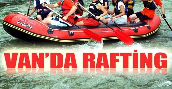 Botan Çayı'nda Rafting