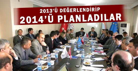 Van'da 2013 Yılı Değerlendirip 2014 Yılını Planladılar