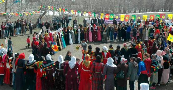 Van'da 8 Mart Kutlamaları