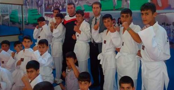 Van'da Şampiyon Öğrenciler